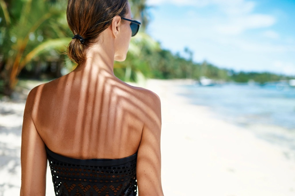 How to Deal with Sensitive Skin While Getting Tanned